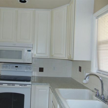 Rent this 2 bed townhouse on 502 Hi Circle West in Horseshoe Bay, TX 78657