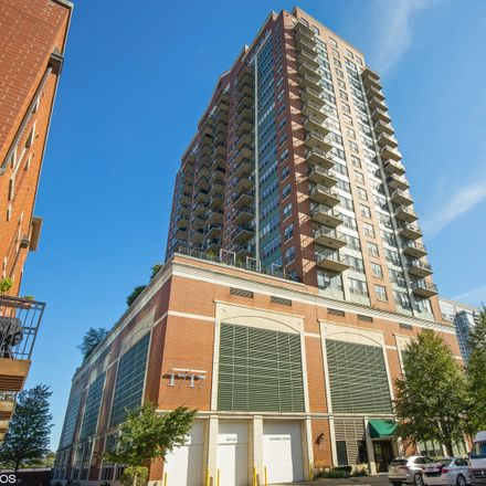 Rent this 3 bed condo on South Prairie Avenue in Chicago, IL 60616