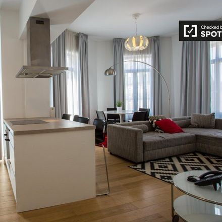 Rent this 2 bed apartment on Rue de la Chaufferette - Lollepotstraat 1 in 1000 Brussels, Belgium