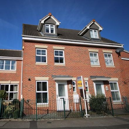 Rent this 3 bed house on Ullswater Road in Melton LE13 0LS, United Kingdom