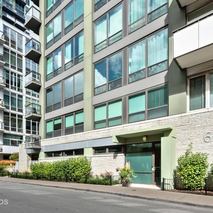 Rent this 2 bed condo on 650 West Wayman Street in Chicago, IL 60661