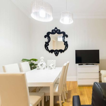 Rent this 3 bed apartment on Plaza Mayor