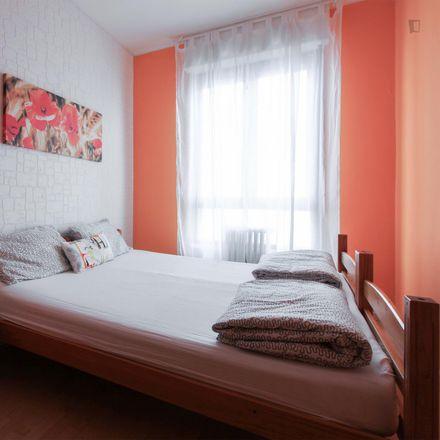 Rent this 3 bed room on Via Sapri in 20157 Milan Milan, Italy
