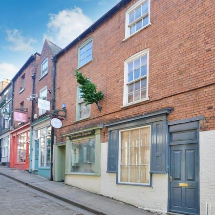 Rent this 3 bed apartment on Widow Cullens Well in 29 Steep Hill, Lincoln LN2 1LU