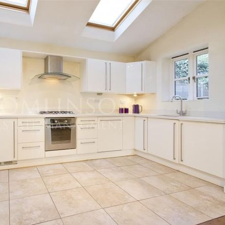 Rent this 6 bed house on 12 Tennis Drive in Nottingham NG7 1AE, United Kingdom