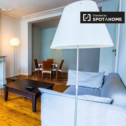 Rent this 1 bed apartment on Rue du Pélican - Pelikaanstraat 29 in 1000 Ville de Bruxelles - Stad Brussel, Belgium