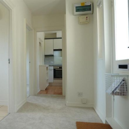 Rent this 2 bed apartment on Hilltop Drive in Rother TN31 7HT, United Kingdom