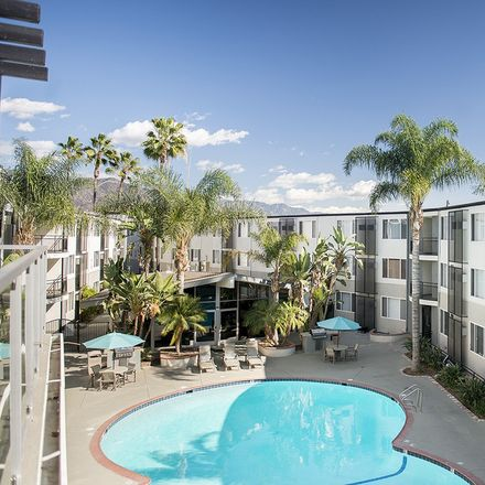 Rent this 1 bed apartment on 1364 West Magnolia Boulevard in Burbank, CA 91506