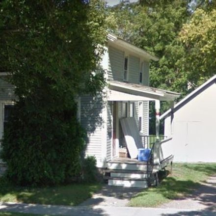 Rent this 4 bed apartment on 32 East Avenue in Burlington, VT 05404