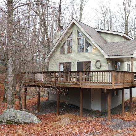 Rent this 5 bed apartment on N Gate Rd in Lake Ariel, PA