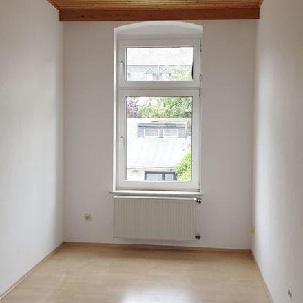 Rent this 3 bed apartment on Städtische Kindertagesstätte Fuldastraße in Fuldastraße 17, 64625 Bensheim