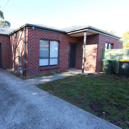Rent this 3 bed townhouse on 10 Havelock Street
