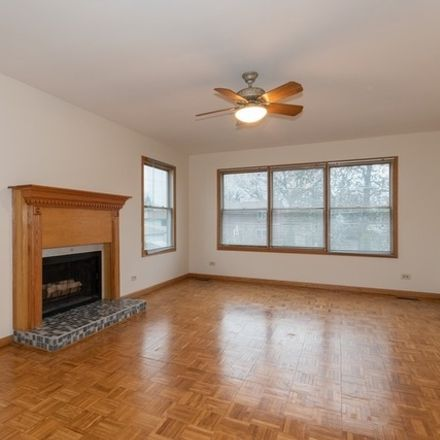 Rent this 6 bed house on 336 West Morris Avenue in Lombard, IL 60148
