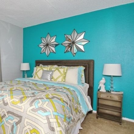 Rent this 2 bed apartment on Apartment in Tempe, AZ 85287