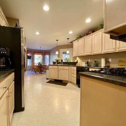 Rent this 3 bed house on Mountain Top Court in Pike County, PA