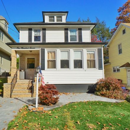 Rent this 3 bed house on 107 Norden Street in New York, NY 10304