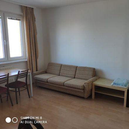 Rent this 4 bed room on Ševčenkova 1071/17 in 851 01 Petržalka, Slowakei