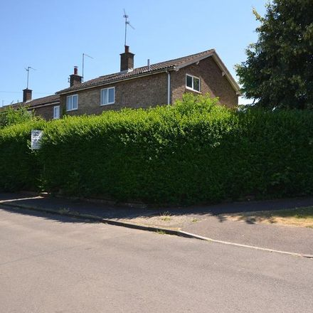 Rent this 3 bed house on Eastfields Crescent in East Northamptonshire PE8 6QL, United Kingdom