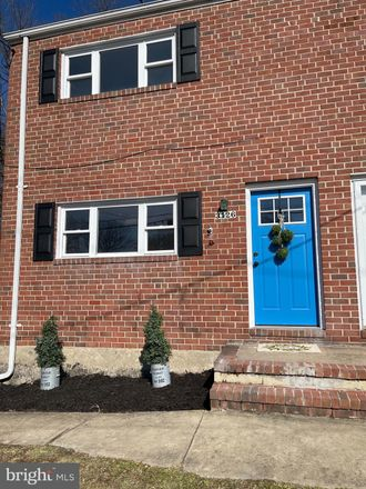 Rent this 3 bed townhouse on 3126 East Avenue in Carney, MD 21234
