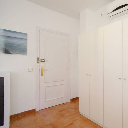 Rent this 6 bed room on Gran Via de Ferran el Catòlic in 46008 Valencia, Spain