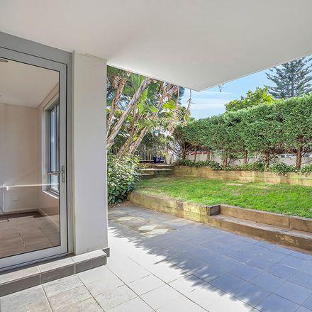 Rent this 2 bed apartment on 5/65-75 Brighton Boulevarde