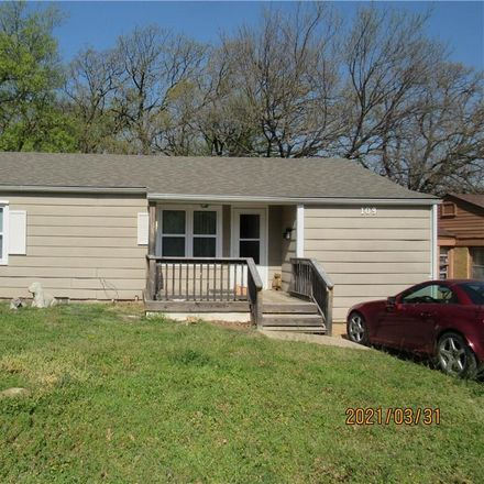 Rent this 3 bed house on 109 Park Row in Pauls Valley, OK 73075
