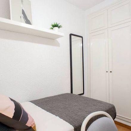 Rent this 6 bed room on Gran Via de Ferran el Catòlic in 46008 Valencia, Spain