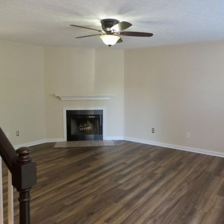 Rent this 2 bed apartment on 164 Indiana Avenue in Lexington, KY 40508