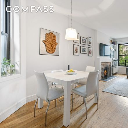 Rent this 2 bed condo on 161 President Street in New York, NY 11231