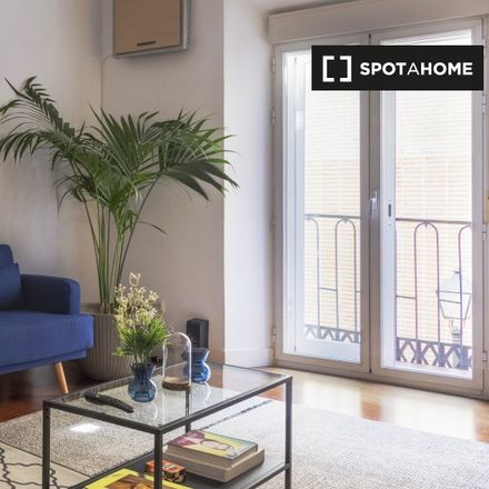 Rent this 2 bed apartment on Calle de San Marcos in 26, 28004 Madrid
