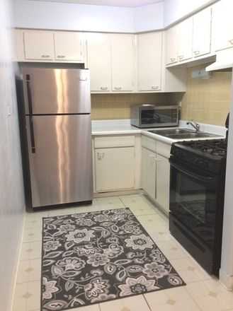 Rent this 1 bed townhouse on 5352-5358 North Cumberland Avenue in Norridge, IL 60631