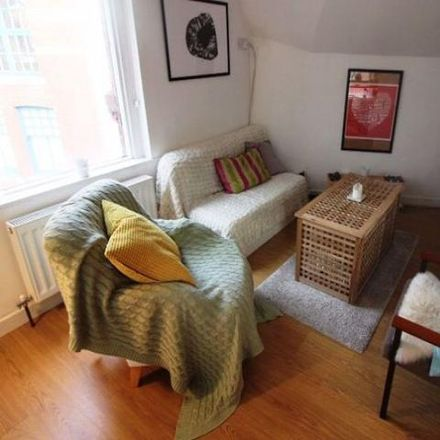 Rent this 1 bed apartment on Avondale Court in Hunter Street, Cardiff CF