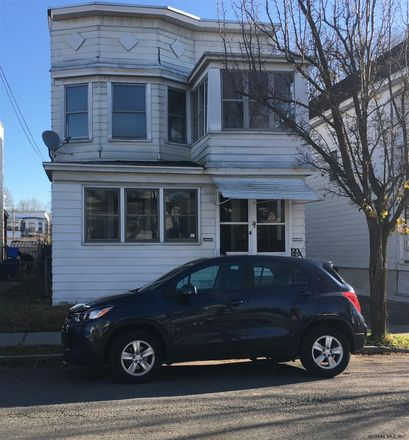 Rent this 6 bed duplex on 5 Marshall Street in Albany, NY 12209