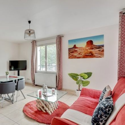 Rent this 2 bed apartment on 86 Rue Charles Tillon in 93300 Aubervilliers, France
