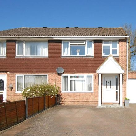 Rent this 3 bed house on Mersey Way in Cold Ash RG18 3DL, United Kingdom
