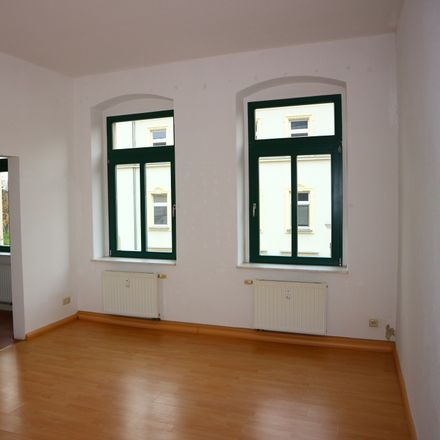 Rent this 3 bed apartment on Jahnstraße 37 in 09126 Chemnitz, Germany