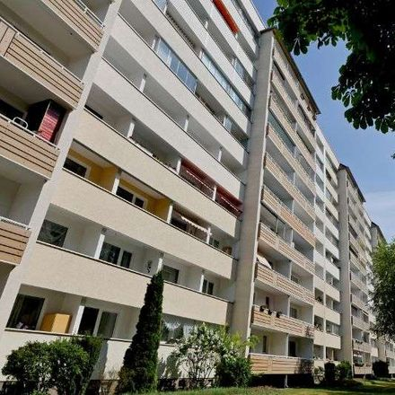 Rent this 3 bed apartment on Schrotebogen 26 in 39126 Magdeburg, Germany