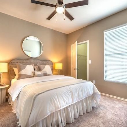 Rent this 2 bed apartment on Tarrant County in TX, USA