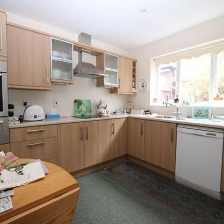 Rent this 4 bed house on Foskett Way in Aylesbury HP21 9AB, United Kingdom