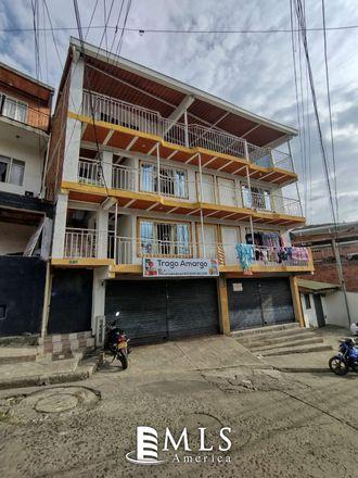 Rent this 5 bed apartment on Iglesia Pentecostal Unida de colombia in Calle 14 Oeste, Comuna 19