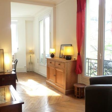 Rent this 3 bed apartment on 57 Rue d'Alésia in 75014 Paris, France