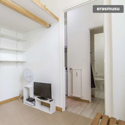 Rent this 0 bed apartment on 19 Rue Henri Barbusse in 92300 Levallois-Perret, France