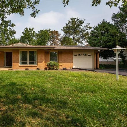 Rent this 3 bed house on 12137 Mirror Lake Drive in Fernridge, MO 63146