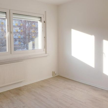 Rent this 3 bed apartment on Herzogswalder Straße 4 in 01169 Dresden, Germany
