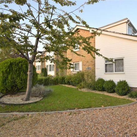 Rent this 4 bed house on Setters Close in Winchester SO21 1TT, United Kingdom