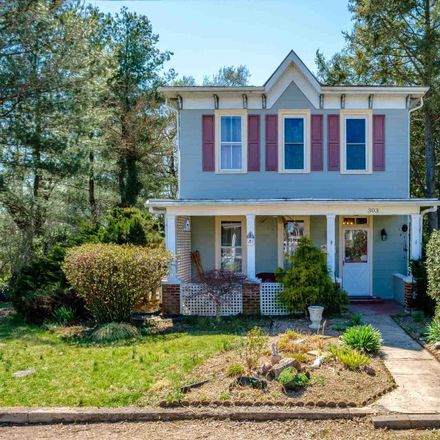 Rent this 3 bed house on 5th St in Shenandoah, VA