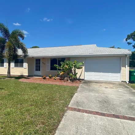 Rent this 3 bed apartment on 224 Fecco St in Cocoa, FL