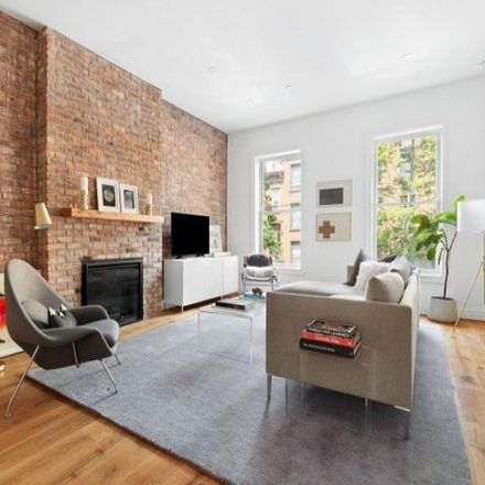 Rent this 2 bed condo on 154 Nelson Street in New York, NY 11231