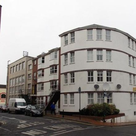 Rent this 3 bed apartment on High Street in Custom House B, County Waterford
