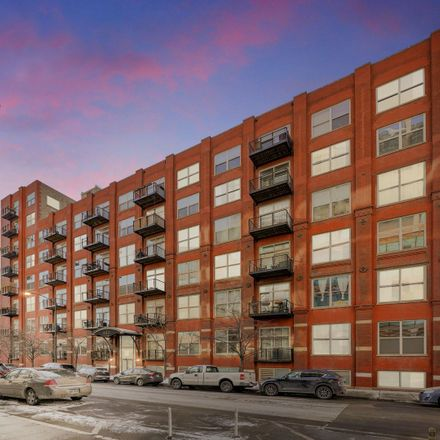 Rent this 2 bed loft on Gotham Lofts East in 420 South Clinton Street, Chicago